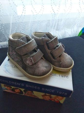 Ботиночки кожаные, ботиночки для девочки