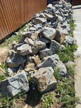 Камінь граніт, віддам безкоштовно