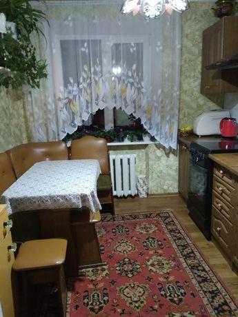 Продам квартиру на Фестивальном