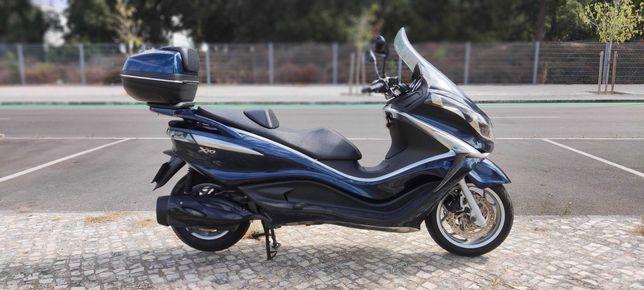 Maxi Scooter X10 impecavel