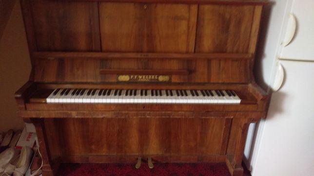 Pianino P.F. Welzel Breslau rezerwacja