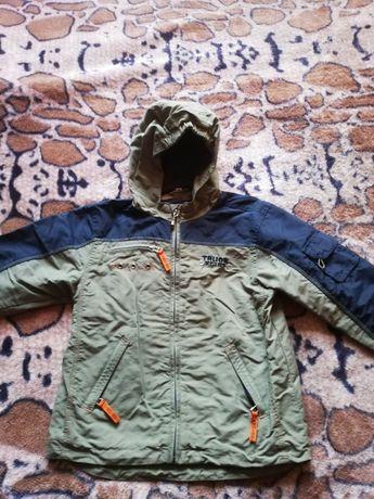 Продам куртку весна-осень на мальчика рост 110