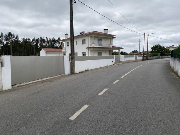 Terrreno 750m2 AVANCA zona CENTRAL e Bons Acessos (Poupe 8 mil euros)