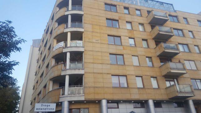 Wynajmę mieszkanie 190 m2  ul.Merliniego 5