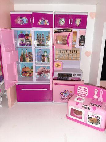 Кухонька для кукол