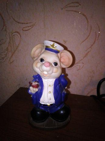 Фигурка моряка,мышки ,моряк