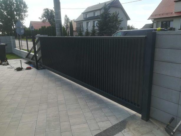 Brama palisadowa, żaluzjowa, panelowa