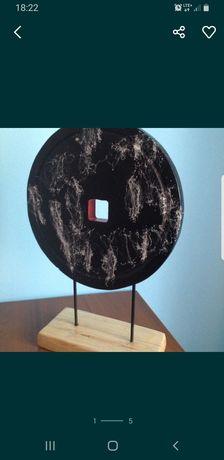 "Anna Lipko rzeźba ""Czarny protest "" 45,5x31cm"