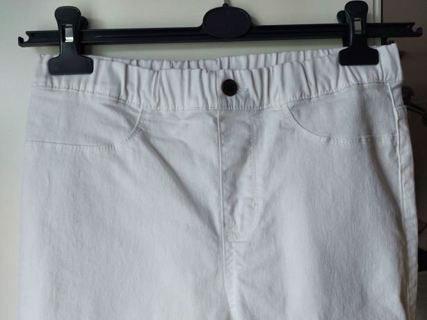 Białe Tregginsy damskie super skinny fit rurki