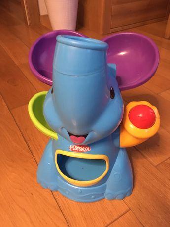 Sloń, zabawka, kulki