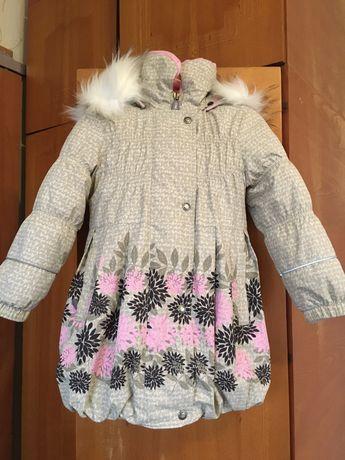 Продам пальто для девочки lenne