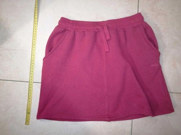 Ciepła spódniczka dla dziewczynki, roz 152 (11-12 lat)