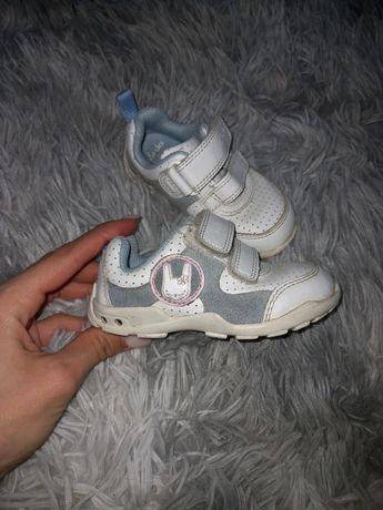 Кожаные фирменные кроссовки Clark's