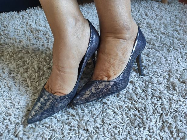 Sapato em pele ótimo estado