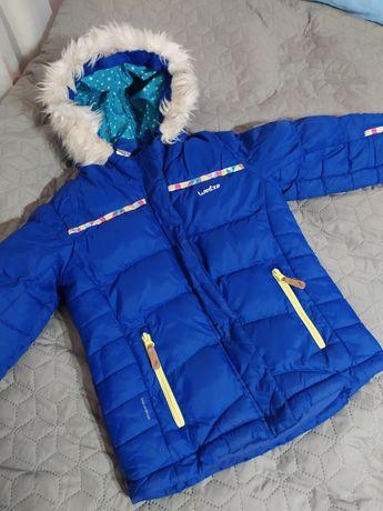 Дуже тепла зимова куртка для дівчинки
