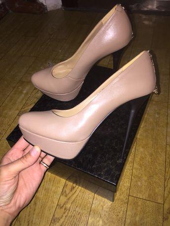 Фирменные туфли BASCONI