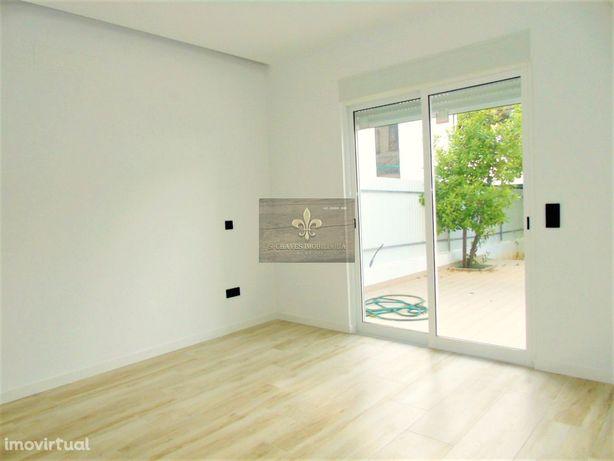 Apartamento T1+1 no centro de Albufeira