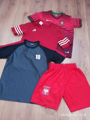 Sportowe koszulki i spodenki