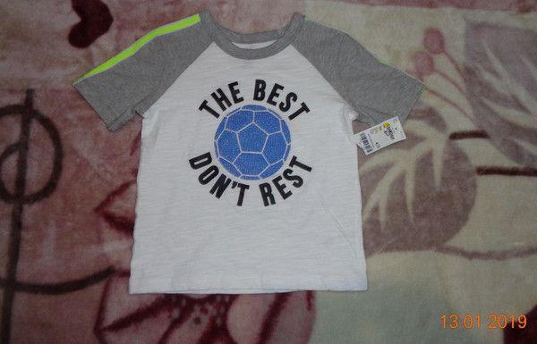 Новая футболка oshkosh.на 4-5 лет.