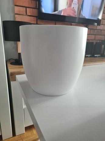 Duża biała matowa donica 23cm