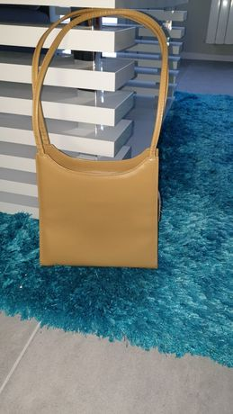 Elegancka torebka włoska na ramię