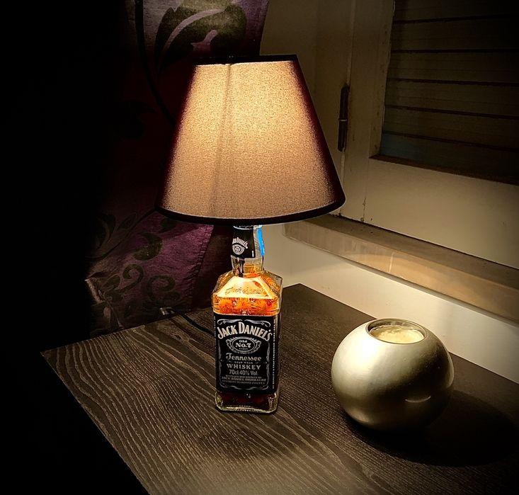 Candeeiros Jack Daniels Almada, Cova Da Piedade, Pragal E Cacilhas - imagem 1