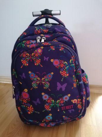 Plecak szkolny na kółkach St.Reet