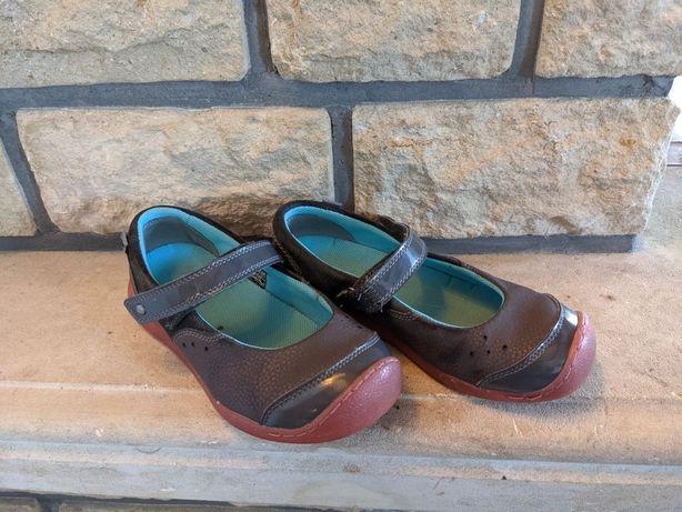 Відкриті туфлі Keen, 35 р