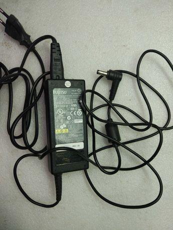 Зарядное блок питания адаптер для ноутбука Fujitsu 20V 3.25A