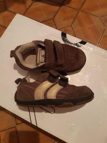 Кроссовки для мальчика кожа