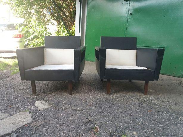 Stylowe fotele z PRLu