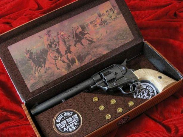 COLT PEACE MAKER 1873r SINGLE ACTION ARMY stalowy jasny k1064-1PN