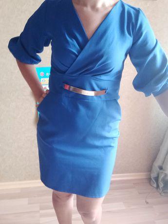 Платье размер м -л