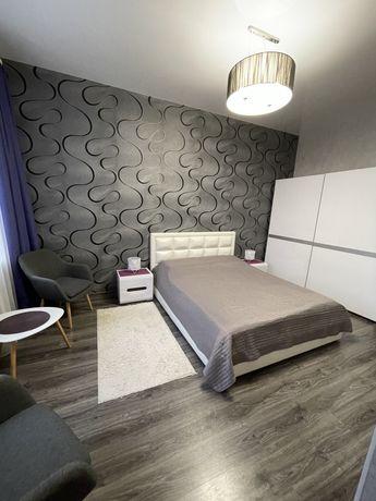 Продам 3-х комнатную гостинку с ремонтом, с общей кухней на две семьи.