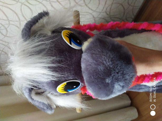 Коник гойдалка,лошадка