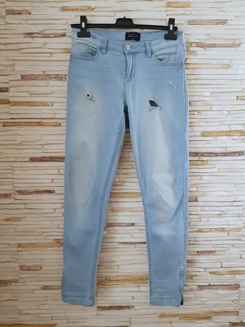 Jak nowe Mohito jeansy 38