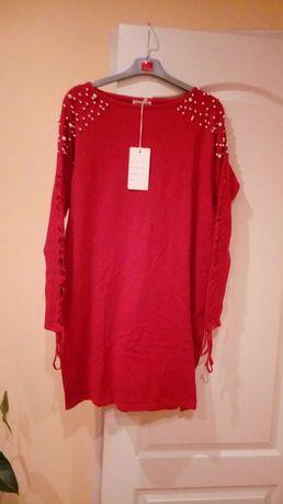 Sukienka z dzianiny czerwona