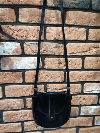 Torebka Batycki czarny lakierek