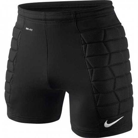 Шорты вратаря Nike на 8-10 лет. в идеале