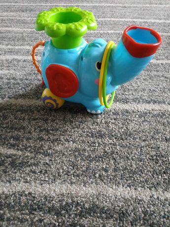Słoń grający dla dzieci