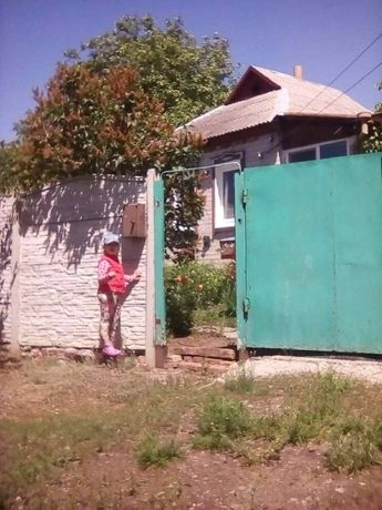 Продам дом в Ново-Водолажском р-н. ст. Власовка, пос. Палатки.