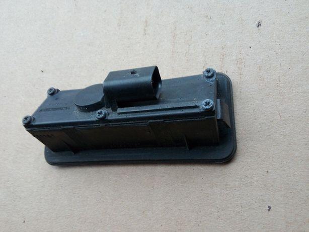 Przycisk mikrostyk klapy FORD MONDEO MK4 HATCHBACK