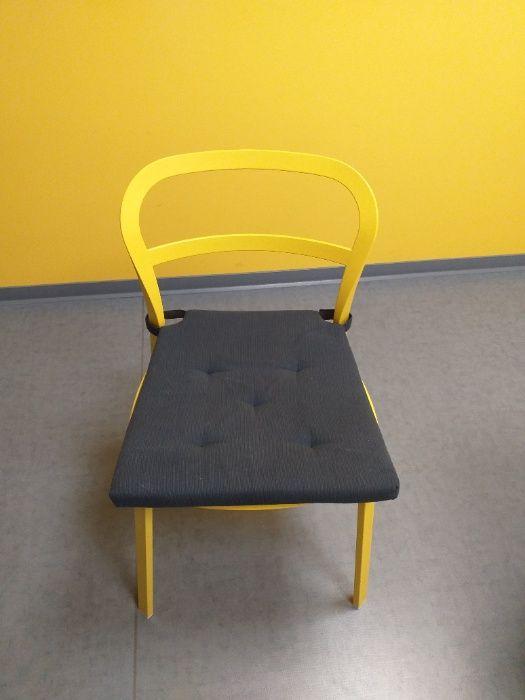 Komplet żółtych krzeseł Rybnik - image 1