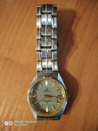 Нвручные часы PERFect идеальные