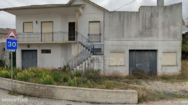Moradia T 3 (324 m2) Uni Familiar (2000) - Murada - IMÓVEL DO BANCO -