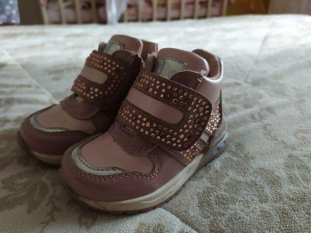 Продам ботинки Clibee