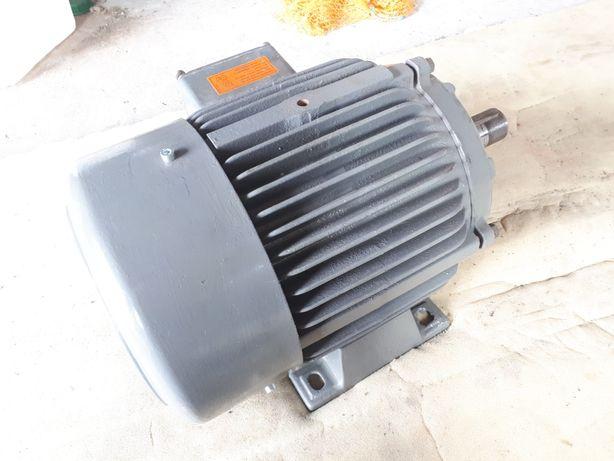 Silnik elektryczny dwubiegowy 5.5kw/1.4kw 1445/720obr/min