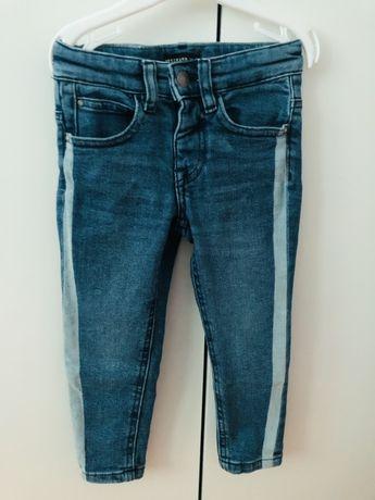 Spodnie jeansowe rurki r. 92 Reserved - jak nowe!
