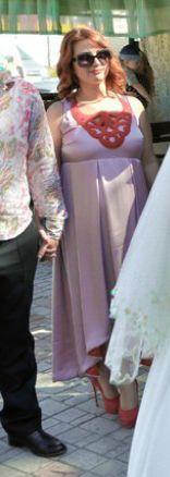 Продам нарядное платье для беременной