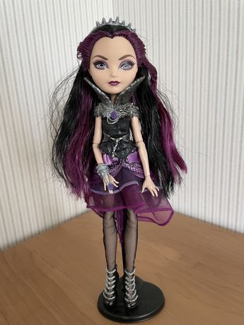 Ever after high Raven Qween basic